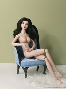 Urban Vita In The Buff - HHH - chestnut hair (chair and rug not included)